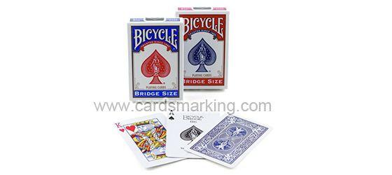 Einzelne blaue Bicycle Magie Karten