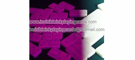 Doppelsechs leuchtend markierte Domino